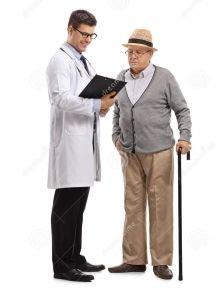L'analyse dans Vive la retraite soignez-et-un-patient-plus-age-regardant-presse-papiers-112114303-2-220x300